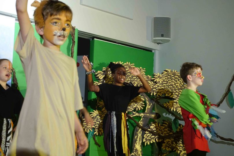 Y6 lion king 2017 Performance 2 (63 of 302)